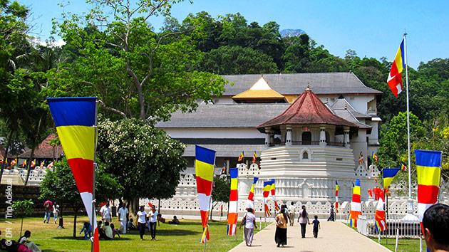 Le Sri Lanka vous dévoile ses temples, Kandy vous émerveille lors de ce circuit trek fabuleux