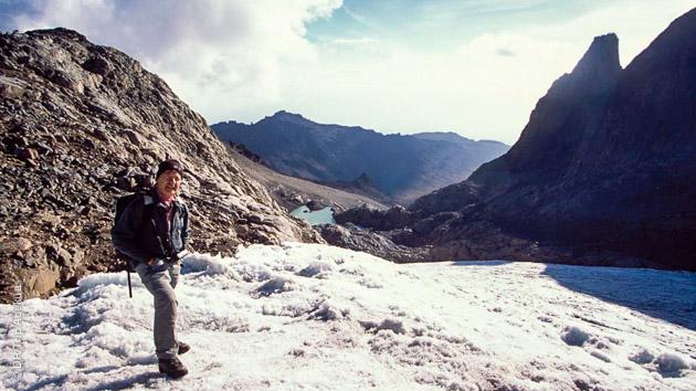 Randonnée sur les pentes du Mont Kenya, de Sirimon à la route Kaweti