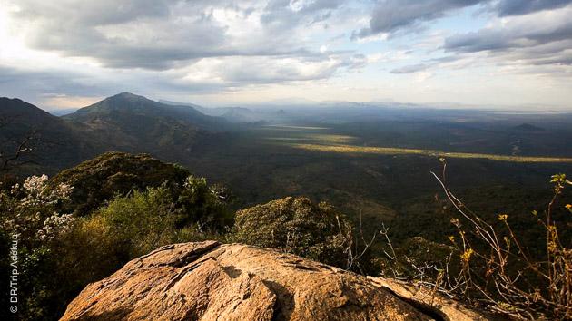 Paysages à couper le souffle lors de votre trek au Kenya