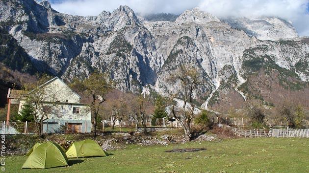 Circuit de randonnée en Albanie, avec logement en chambres d'hôtes