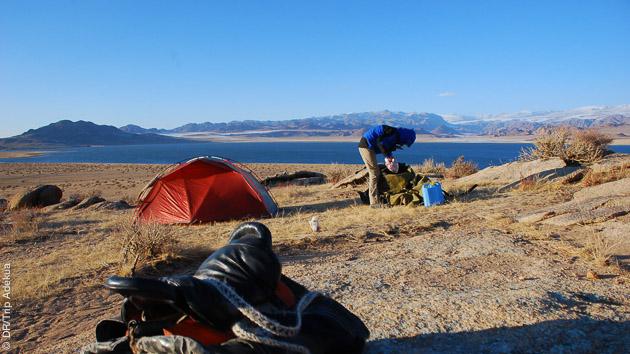 Des randonnées avec pour théâtre, le lac Khukh Nuur et le lac Uvs, en Mongolie