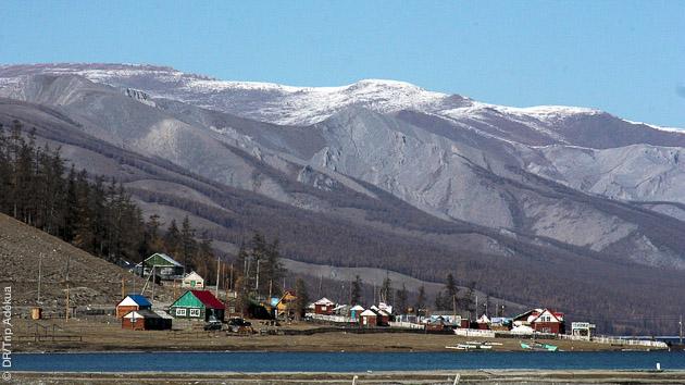 Près du lac Khuvsul, découvrez les paysages hors du temps lors de vos randos