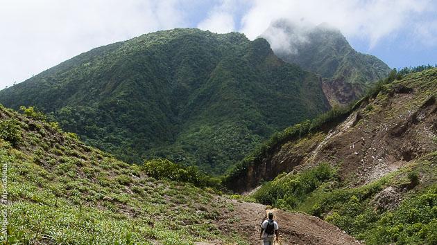 Trekking en liberté sur le Morne Diablotin, entre volcan et plages