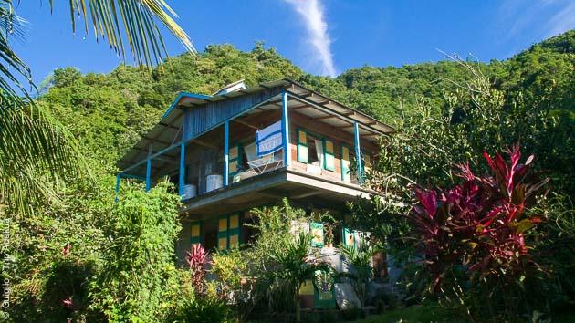 Sous le ciel bleu des Caraïbes, un circuit trek découverte de la Dominique