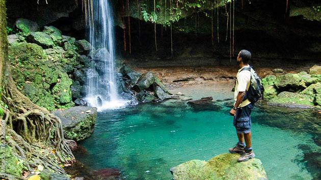 Découvrez les cascades cachées lors de vos randonnées sur l'île de la Dominique