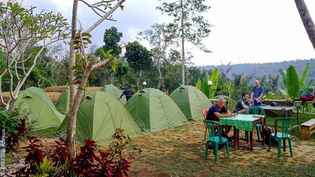 Pendant ce trek en Indonésie, vous êtes logés en bivouac et en hôtel