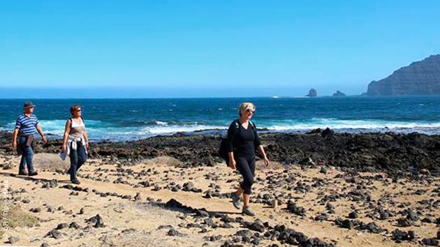 Découverte de Lanzarote lors de trek en groupe avec un guide