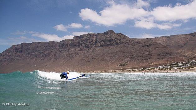 Du surf au programme de ce séjour multiactivité à Lanzarote aux Canaries