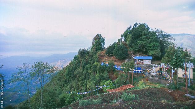 Des paysages exceptionnels sur le Manaslu, l'Everest et les sommets himalayiens jalonnent votre itinéraire de trek