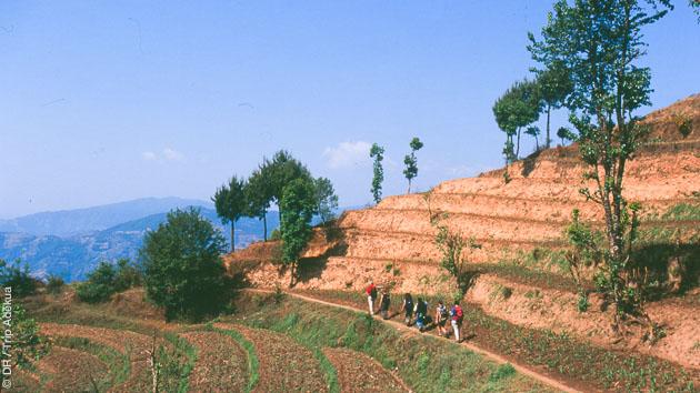 Randonnée trekking dans les cultures du Népal