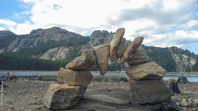 Séjour randonnée pédestre au coeur de la Corse authentique, avec bivouac et gîte d'étape