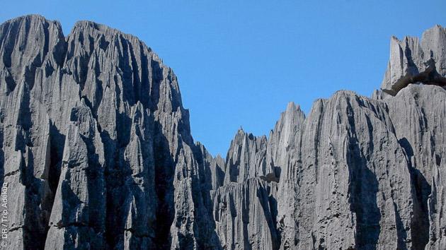 Des Tsingy du Bemaraha au massif du Makay, ce trek à Madagascar vous dévoile ses splendeurs