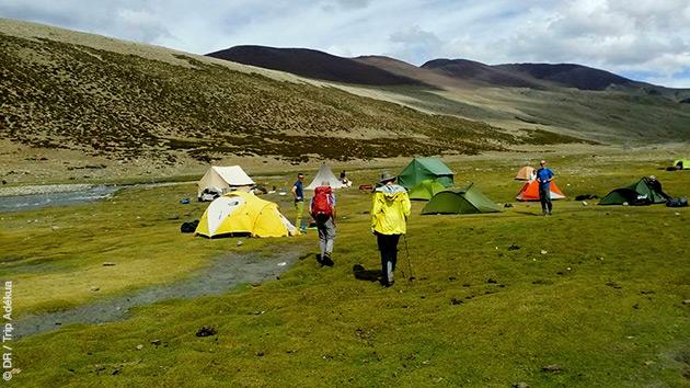 Vous êtes hébergés en hôtel, lodge et bivouac pour ce séjour trekking d'exception en Inde