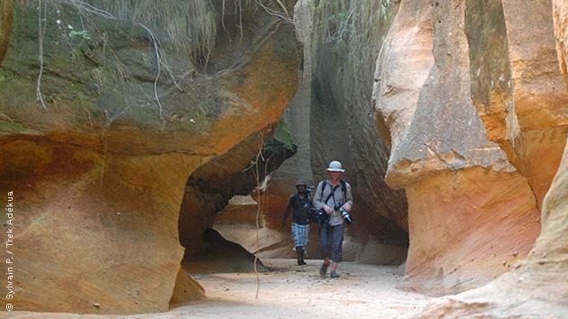 Découvrez les magnifiques itinéraires de randonnées dans les canyons secs du massif du Makay à Madagascar